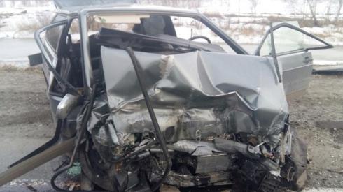 Под Курганом столкнулись три легковых автомобиля ВАЗ: пострадали 5 человек