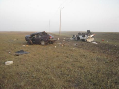 В Зауралье водители без прав угодили в страшное ДТП, стоившее одному из них жизни
